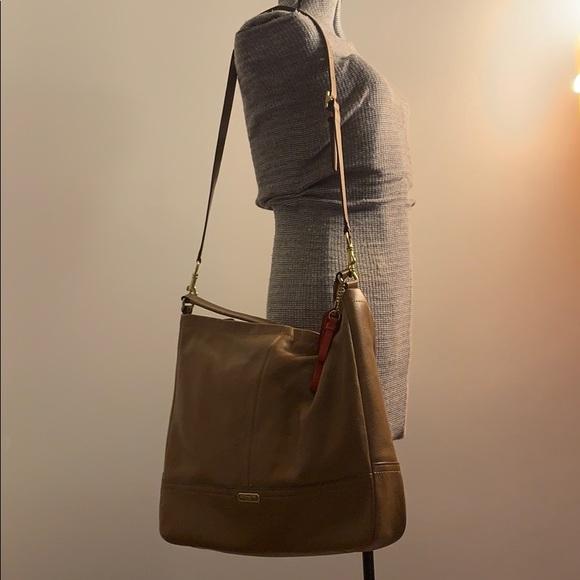 Coach Handbags - 👜Coach Bag👜 MAKE OFFER